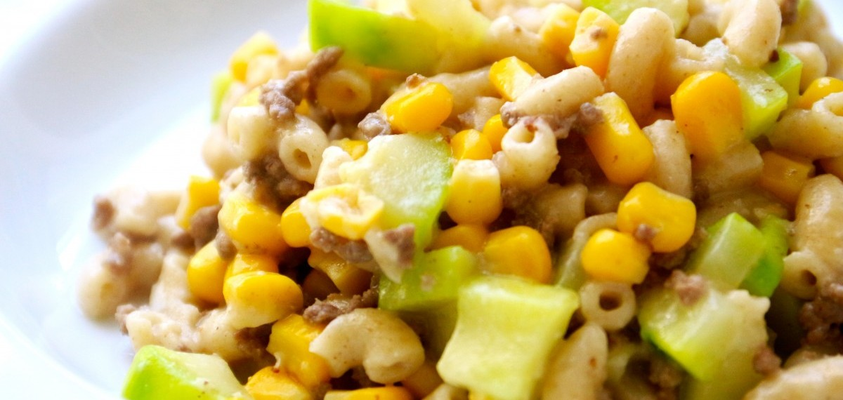 A all-in-one creamy macaroni recipe that provide all 4 essential food groups for your tots.